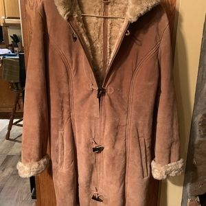 Tan suede coat with fur lining